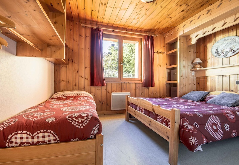 location appartement marguerites chalet les charmettes. Black Bedroom Furniture Sets. Home Design Ideas